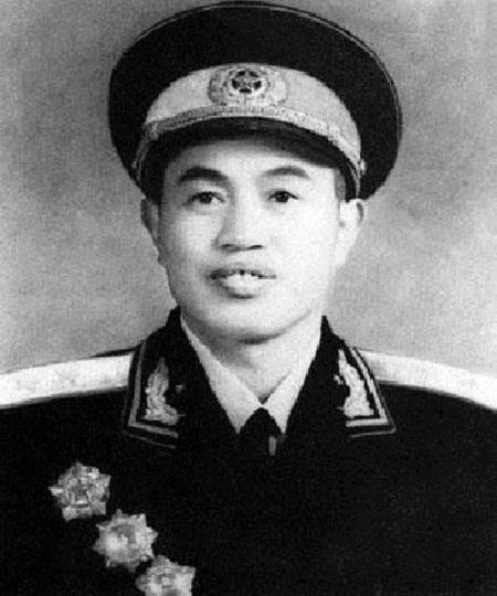 中国人民解放军中将——皮定均
